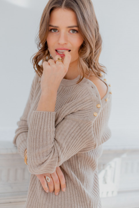 Beige Bonnie sweater